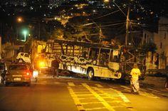Ônibus é incendiado após tiroteio com a BM e morte na vila Cruzeiro