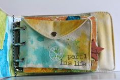 Another cool journal from author Ronda Palazzari.........i am liking the snap pocket page idea ... Dk