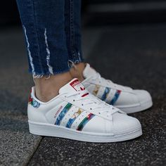save off 584ec dfc32 Chaussures adidas Originals - Pik and Clik. Chaussure TendanceChaussure  ModeChaussure BasketBelle ChaussureChaussure SuperstarAdidas ...