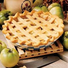 Green Tomato Pie Recipe dessert -When frost nips our garden, I quickly gather all the green tomatoes still on the vine and make this old family favorite. It's been handed down from my grandmother, and now my granddaughters are asking for the recipe. Green Tomato Pie, Green Tomato Recipes, Tomato Jam, Pie Recipes, Dessert Recipes, Cooking Recipes, Recipies, Just Desserts, Delicious Desserts