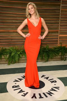 Model Erin Heatherton attends the 2014 Vanity Fair Oscar Party hosted by Graydon Carter on March 2, 2014 in West Hollywood, California.