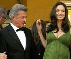 10 careless celebrities caught looking!