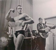 Arnold Schwarzenegger's first bodybuilding competition at 16.