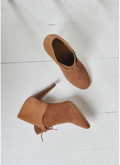 60 meilleures images du tableau Chaussures   Ladies shoes, Shoe et ... a19cb7be9a7b