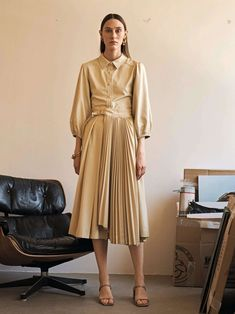 Leandra Balloon Sleeved Faux Leather Top in Beige – The Frankie Shop Fashion Images, Fashion Photo, Cool Silhouettes, Fashion Illustration Dresses, Podium, Classic Outfits, Occasion Dresses, African Fashion, Editorial Fashion