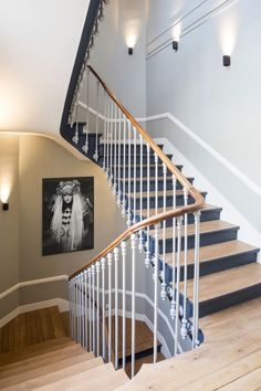 Tips, tricks, and also manual with regard to obtaining the greatest result and also creating the maximum use of home renovation Basement Renovations, Home Renovation, Home Remodeling, Architecture Renovation, Kitchen Sink Interior, Wood Staircase, Interior Stairs, Simple House, Home Improvement Projects