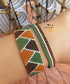 Source by glerhastrk Bead Loom Bracelets, Bead Embroidery Jewelry, Beaded Jewelry, Diy Friendship Bracelets Patterns, Nail Jewelry, Summer Bracelets, Loom Beading, Bead Weaving, Loom Bracelets