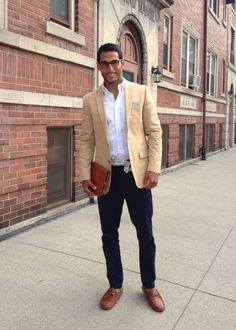 Tan Linen Jacket, Dark Denim Jeans, and Scarf Belt. Men's Spring Summer Street Style Fashion.
