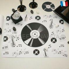 Set de table pour une ambiance musical, jouez ou non d'un instrument de musique , chantez et soyez DJ, ce thème musique est fait pour vous.