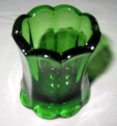 Antique US Glass EPAG Colonial Scalloped Panel Emerald Green Toothpick Holder