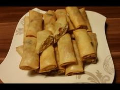 Frühlingsrollen ganz einfach/ Spring Rolls - YouTube Mung Bean, Bean Sprouts, Spring Rolls, Croissants, Oysters, Chicken Wings, Fries, Cabbage, Youtube