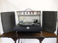 Vintage Suitcase Record Player GE Trimline 500 by VintageChocolat, $175.00