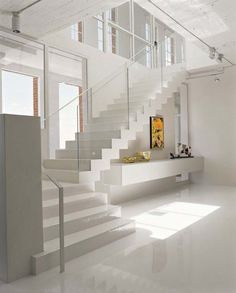Aproveitando o espaço embaixo da escada