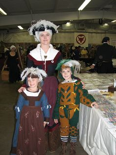 16th c german family - omg the little apron!