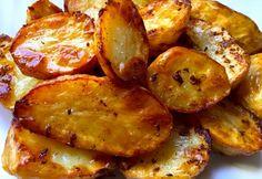 Pecsenyeburgonya Vegetarian Recipes Easy, Meat Recipes, Chicken Recipes, Cooking Recipes, Food 52, Diy Food, Yummy Snacks, Yummy Food, Buzzfeed Tasty