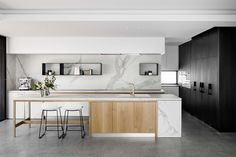 Oreo House by Taylor Pressly Architects - Australian Interior Design Awards Australian Interior Design, Interior Design Awards, Interior Design Kitchen, Australian Architecture, Home Decor Kitchen, Home Kitchens, Kitchen Ideas, Modern Kitchens, Small Kitchens