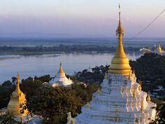 pagodes-sur-les-berges-du-fleuve-irrawaddy-en-birmanie.jpg (1600×1200)