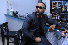 Is Iyanya getting signed on Jay Z's ROC Nation?    Iyanya hinted his might be getting signed on Jay Z's ROC Nation as the 'Okamfo' singer shared a photo and used the hashtag #ROC in the photo. See below:  Does this mean Iyanya might be signing a deal with Jay Z's ROC Nation???  A photo posted by Absolute Hearts Media (@absolutehearts) on Feb 6 2017 at 11:18pm PST  His label mate Tiwa Savage got signed to ROC Nation last year   Entertainment