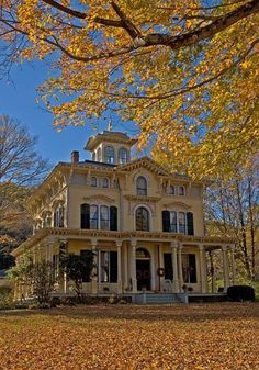 Victorian house in Autumn