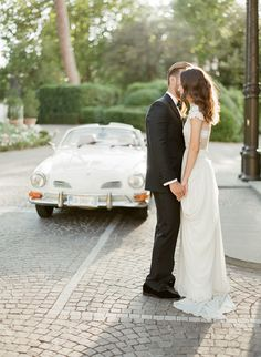 Photography : KT Merry Read More on SMP: http://www.stylemepretty.com/2016/04/14/florence-wedding-inspiration-for-a-destination-i-do/