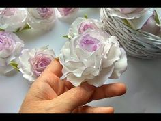 Embroidery Flowers Tutorial Pictures 20 Ideas For 2019 Nylon Flowers, Cloth Flowers, Diy Flowers, Paper Flowers, Fabric Flower Pins, Making Fabric Flowers, Flower Making, Fabric Roses, Ribbon Art