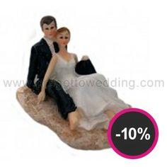 """Cake topper linea economica """"Sposi in spiaggia"""" in resina porcellanata dipinta mano. www.progettowedding.com"""