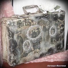 Декупаж чемодана, автор Фохтина Наташа