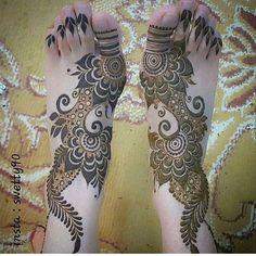 Post by Ritzsony ( on mehendi Khafif Mehndi Design, Floral Henna Designs, Mehndi Designs Feet, Latest Bridal Mehndi Designs, Mehndi Designs For Girls, Mehndi Design Pictures, Wedding Mehndi Designs, Mehndi Designs For Fingers, Dulhan Mehndi Designs