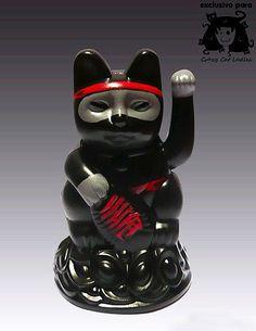"Marcela Maldonado Customizes Japanese ""Lucky Cats"" | Catster"