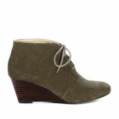ok I give in to the trend.   I want a low wedge boot for Christmas.