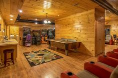 Pigeon Forge cabin rental in the Smoky Mountains. Pigeon Forge Cabin Rentals, Smoky Mountains Cabins, Moose, Wedding Venues, Elk, Wedding Places, Wedding Locations