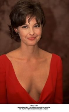 ashley judd hairstyles - Google Search                                                                                                                                                                                 More