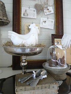Lijst met kippengaas  White hen and bunnies under glass