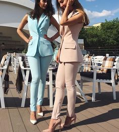 Good Price for Bespoke Custom Made Spring Summer Women Slim Fit Pants Suit Sleeveless Jacket for Business Office Ladies Evening Outfit . Business Outfits, Business Attire, Business Fashion, Business Chic, Ladies Evening Wear, Evening Outfits, Suit Fashion, Look Fashion, Fashion Outfits
