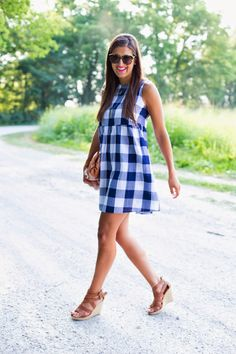 A Southern Drawl: Large Gingham Dress