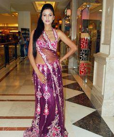 Unmatchable designer bridal sarees only @ rakhitarak..  Check out : http://www.rakhitarak.com/