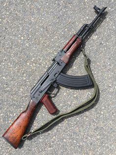 USA Gun Shop - The Best Handguns, Rifles, Shotguns and Ammo online Weapons Guns, Guns And Ammo, Zombie Weapons, Shooting Guns, Bushcraft, Custom Guns, Hunting Rifles, Assault Rifle, Cool Guns