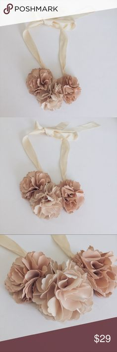 •beautiful flowery necklace• •beautiful flowery necklace•  * product: necklace * material: fabric * color: ivory * condition: like new  * size: one size (long necklace /can be adjust)  : price is negotiable, feel free to make an offer or bundle Jewelry Necklaces