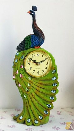 Vintage Fashion Desk Clock Peacock Series