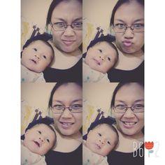 Selfie w/mommy