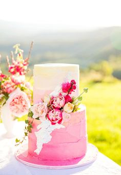 Out of The Ordinary Pink Ombre Wedding Cake - 18 Floral Spring Wedding Cake Ideas Amazing Wedding Cakes, Unique Wedding Cakes, Wedding Cake Designs, Cake Wedding, Gorgeous Cakes, Pretty Cakes, Spring Wedding Decorations, Spring Weddings, Backyard Weddings