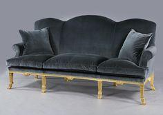 www.mackinnonfineart.com fine-furniture d a-queen-anne-style-giltwood-sofa 221436