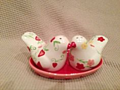 3 Piece Floral And Heart Salt And Pepper Shakers With Tray Set