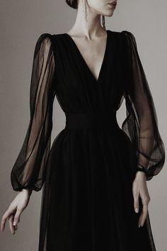Ball Dresses, Ball Gowns, Evening Dresses, Prom Dresses, Classy Dress, Classy Outfits, Elegant Dresses Classy, Stylish Dresses, Pretty Dresses
