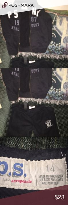 aeropostale sweat pant suit. like new worn 3 times very comfortable Abercrombie & Fitch Matching Sets
