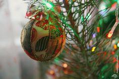 Декупаж - Сайт любителей декупажа - DCPG.RU | «Новогодние отголоски и не только» Christmas Decoupage, Christmas Bulbs, Holiday Decor, Home Decor, Decoration Home, Christmas Light Bulbs, Room Decor, Home Interior Design, Home Decoration