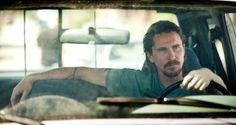http://nerdpride.com.br/confira-o-primeiro-trailer-de-out-of-the-furnace-novo-filme-de-christian-bale/