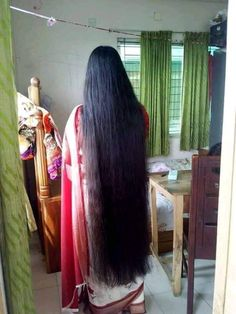 Long Silky Hair, Long Black Hair, Super Long Hair, Indian Hairstyles, Permed Hairstyles, Wedding Hairstyles For Long Hair, Indian Long Hair Braid, Braids For Long Hair, Medium Hair Styles