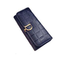 $19.90 (Buy here: https://alitems.com/g/1e8d114494ebda23ff8b16525dc3e8/?i=5&ulp=https%3A%2F%2Fwww.aliexpress.com%2Fitem%2FLuxury-brand-women-wallet-2016-new-Korean-version-of-the-D-word-wallet-fashion-casual-long%2F32691380226.html ) Luxury brand women wallet  2016 new Korean version of the D word wallet fashion casual long section clutch purse wallet for just $19.90