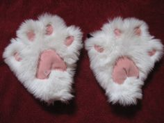 These instructions will tell you how to make very cute amine style cat paws. I used them in a costume I made and they worked very well. They aren't bu...